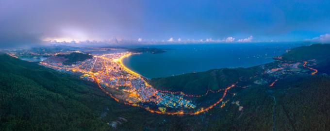Biển Quy Nhơn có nhiều lợi thế phát triển du lịch và bất động sản nghỉ dưỡng